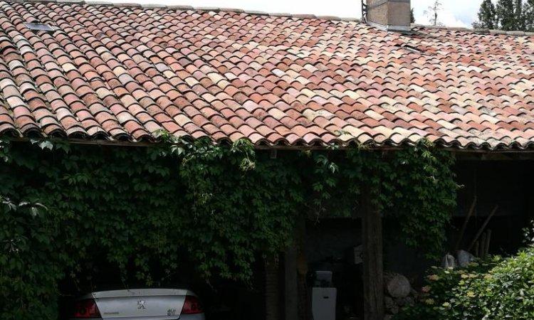 Démoussage et nettoyage toitureà Toulouse